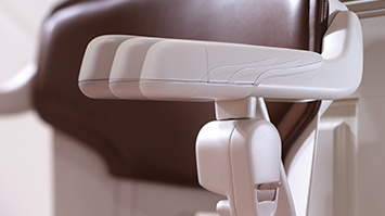 Stairlift feature flexible